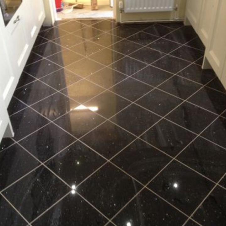 Lot 102 Pallet Black Galaxy Granite 12x12 Tile 420 Sqft