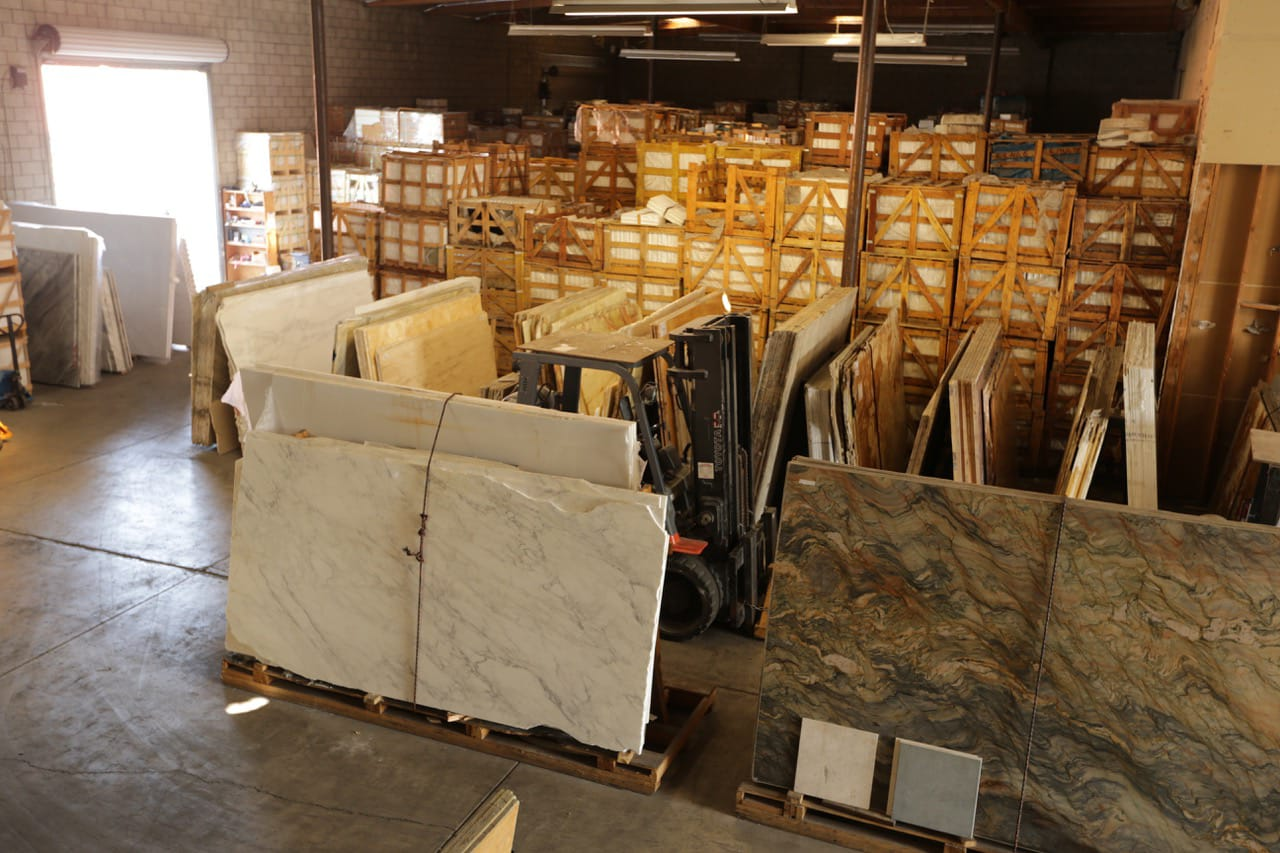 Before Selecting Best Marble Flooring Tiles for Your Home